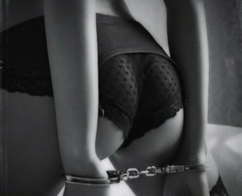 kinkycuffs